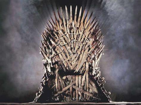 emilia clarke paid per episode game of thrones emilia clarke kit harington paid 2 mn