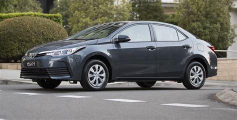toyota sedan 2017 toyota corolla sedan pricing and specs looks