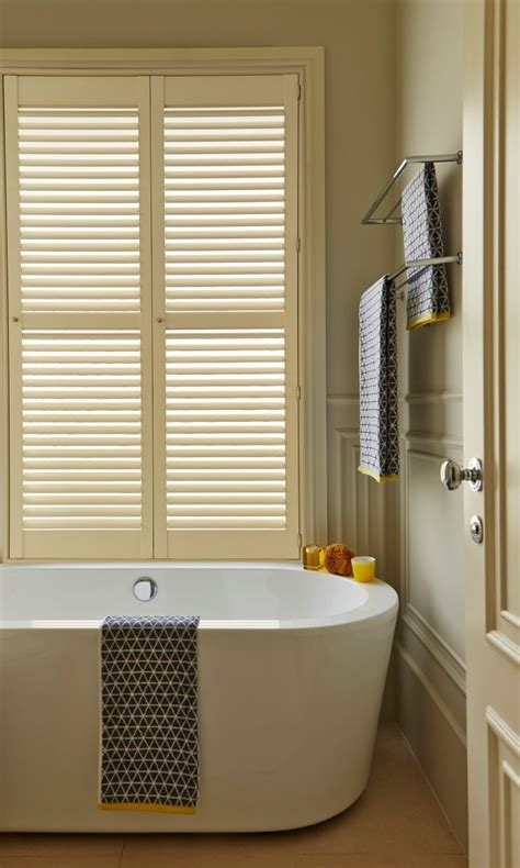 waterproof roller blind for bathroom 1000 ideas about waterproof blinds on pinterest pvc