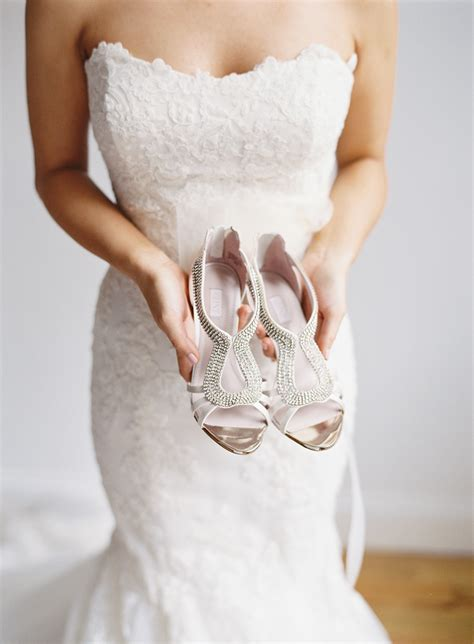 Silver Wedding Shoes For by 2017 Silver Wedding Shoes Trend Alerts Weddceremony