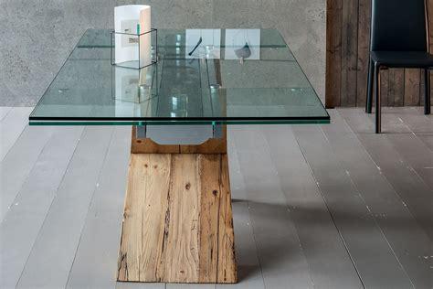 tavoli in legno design akeo a tavolo di design in legno allungabile con piano