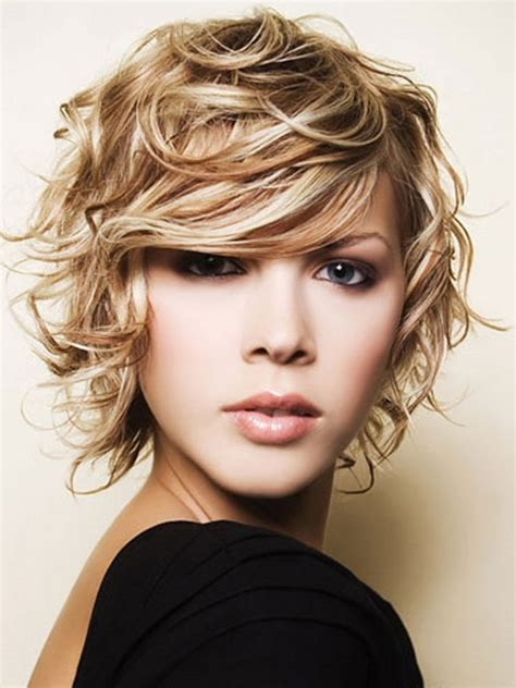 hair round face frizzy hair short curly hair that looks great with a round face