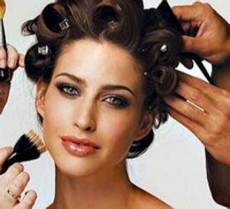 Wedding Hair And Makeup Questions To Ask by 6 Great Questions To Ask Your Hair And Makeup Artist