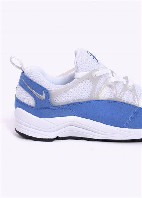 nike air huarache light blue nike air huarache light trainers white blue