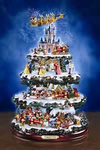 ディズニーキャラクター大集合なクリスマスツリー きよおと kiyoto