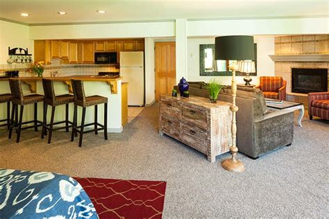 jackson hole bed and breakfast specialty rooms jackson wy bed and breakfast inn on