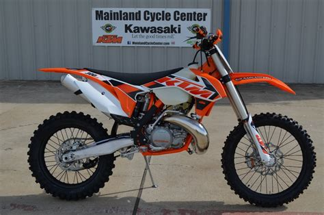 Ktm 300 Sx 7 399 2015 Ktm 300 Xc 2 Stroke Overview And Review