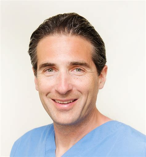 dr richard dr richard rival toronto on cosmetic surgeon physician reviews ratings ratemds