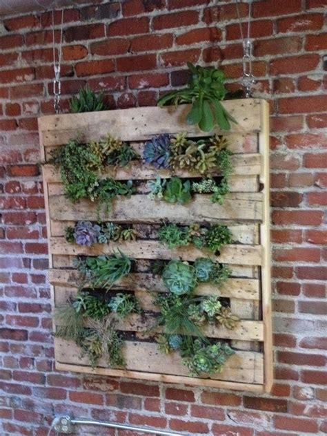 Vertical Pallet Gardens Diy Vertical Garden With Pallet Pallet Furniture Plans