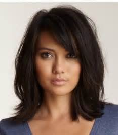 womens mid length sculptured hair styles best 25 medium choppy hairstyles ideas on pinterest