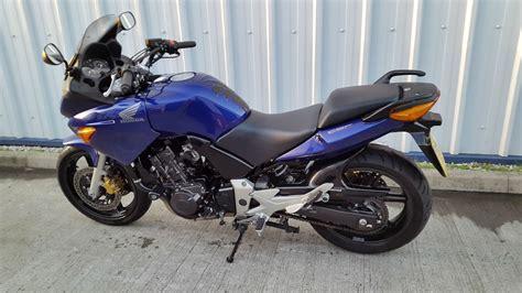 honda cbf 600 2005 model bike only 12k from new with