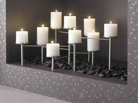 kerzenständer für 9 kerzen deko kamin romantische stimmung mit kerzen und laternen