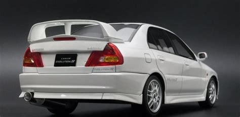 New Listing 3 Mitsubishi Lancer Evolution Iv Evo Tomica Factory Tak one model new mitsubishi lancer evolution iv white