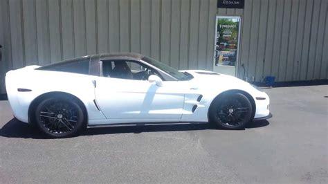 corvette zr1 burnout c6 corvette zr1 does a 1 4 mile burnout corvettevideos tv