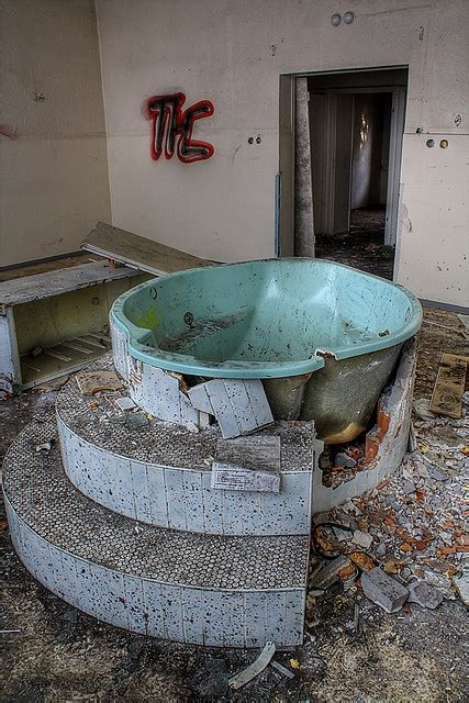 birthing bathtub 25 best ideas about birthing tub on pinterest births