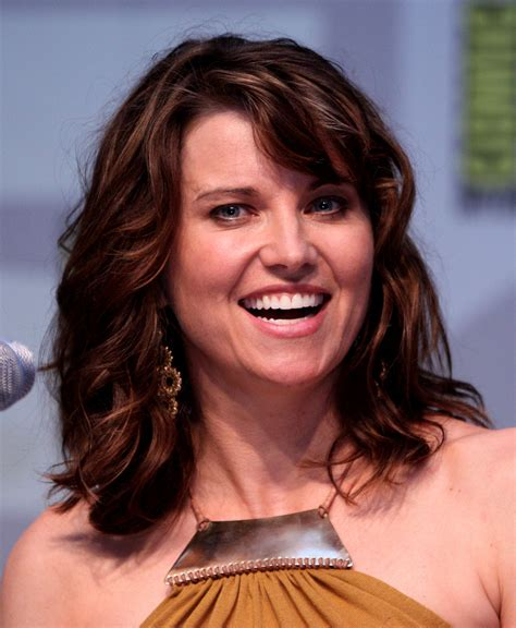 film lucy quel age lucy lawless wikipedia