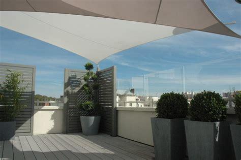 terrasse en vue panneaux coupe vent terrasse transparents sur mesure