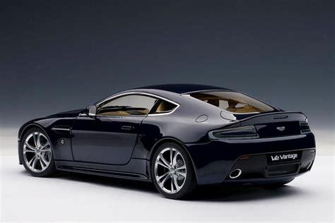 2010 Aston Martin Vantage by Autoart 2010 Aston Martin V12 Vantage Midnight Blue