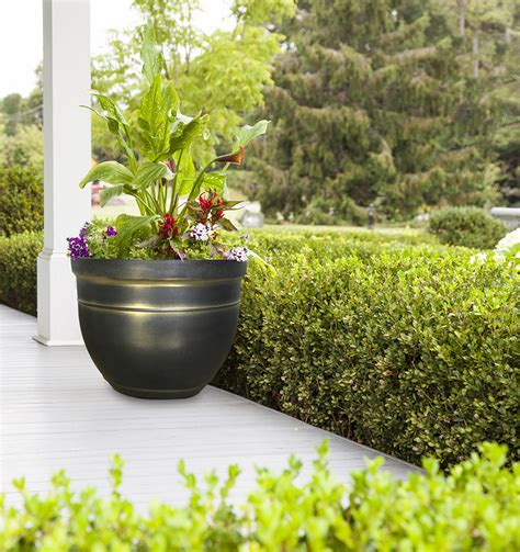 Gold Planters by 15 Quot Planter Gold Southern Patio