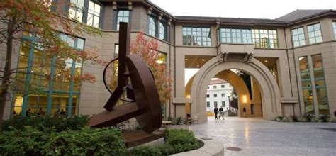 Mba At Berkeley by Mba Admissions Q A Uc Berkeley Haas Topmba