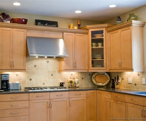 Light Kitchen Cabinets Pictures Of Kitchens Traditional Light Wood Kitchen