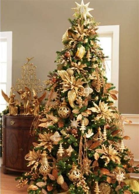 31 sparkling gold christmas d 233 cor ideas digsdigs