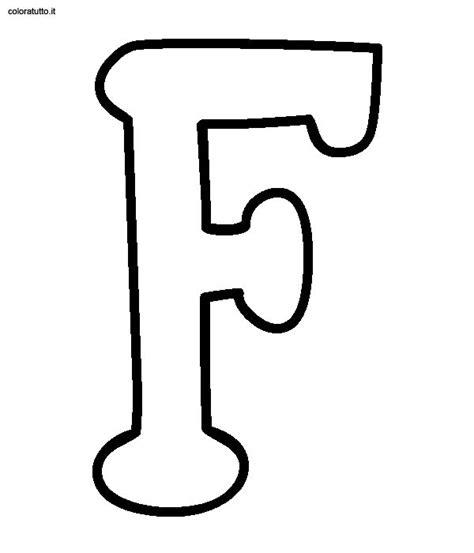 disegnare con le lettere alfabeto statello maiuscolo disegni per bambini da