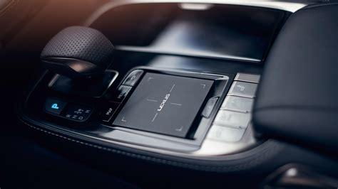 touch control ls lexus ls flagship luxury saloon explore the ls 500h