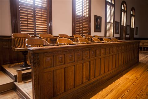 difference between bench trial and jury trial 100 difference between jury trial and bench trial