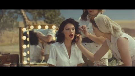 celebitchy taylor swift debuted her new video wildest watch taylor swift s wildest dreams music video fresh