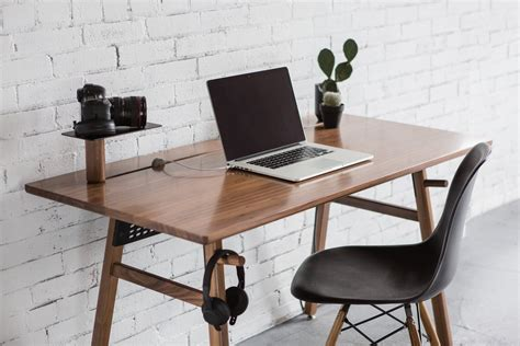 The Best Computer Desks Of 2016 Digital Trends Work Desk For