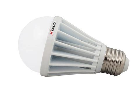 led light bulbs for enclosed fixtures xledia x75n 75 watt equal a19 led for fully enclosed