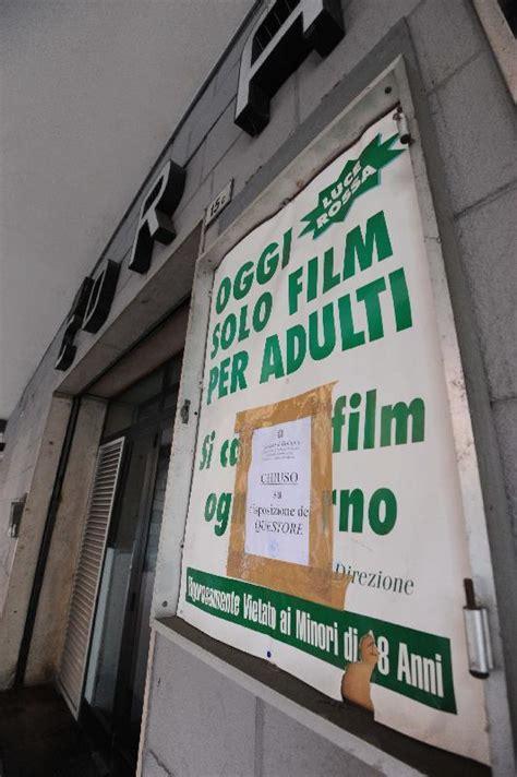 cinema corallo pavia in sala durante i chiuso il cinema