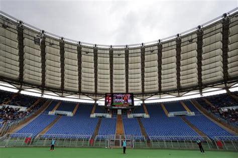ingresso curva nord stadio olimpico roma stadio olimpico curva sud e curva nord divise in due