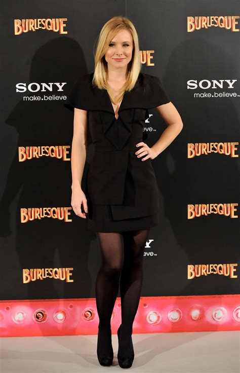 Style Kristen Bell Fabsugar Want Need by Kristen Bell Black Dress Kristen Bell Dresses