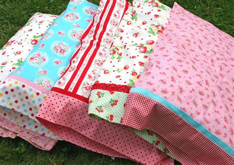 pattern for magic pillowcase lovely little handmades a magic pillowcase tutorial