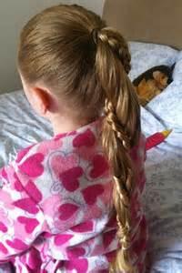 kinderfrisuren lange haare mädchen 32 coole kinderfrisuren f 252 r m 228 dchen