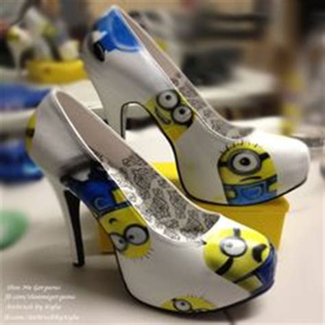 imagenes de minions zapatos 1000 images about minion heels on pinterest minions