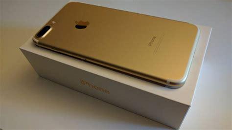 Original Iphone 7 Plus 128gb Gold Jepang Korea Speck Garansi iphone 7 plus 128 gb gold كالجديد استعمال بسيط جدا