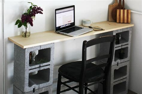 Cinder Block Desk by Here Are 15 And Fancy Diy Ways To Use Cinder Blocks