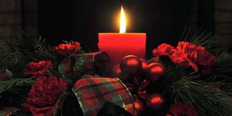 immagini candele natalizie 12 centrotavola natalizi fai da te creativi con candele e