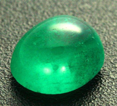 1 86 cts si columbian emerald cabochon emd27