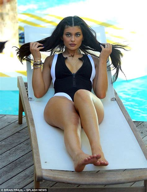 kylie jenner pictures tapes leaked celebs