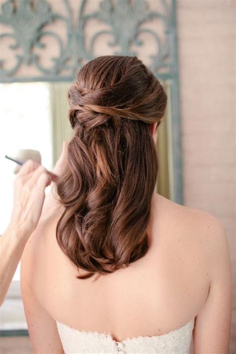 picture of pretty half updo wedding hairstyles