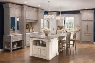Price On Kitchen Cabinets by What You Should Know Kraftmaid Products Home And Cabinet