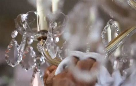 Tips On How To Clean Your Crystal Chandelier Jojospring How To Clean Chandelier Crystals