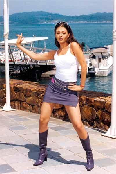 aishwarya rai hum kisise kum nahin aishwarya rai 20 flops 10 hits photos full details
