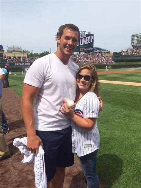 shawn johnson andrew east shawn johnson net worth chiefs rookie proposes to shawn johnson at cubs game gold