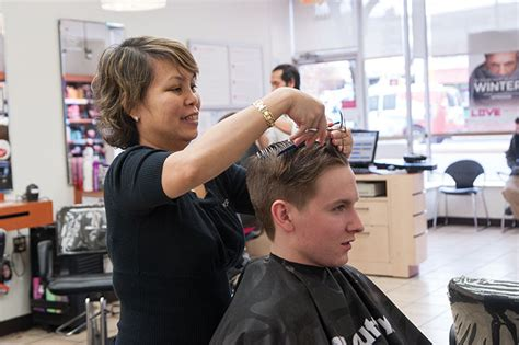 college park hair cuttery donates haircuts to homeless