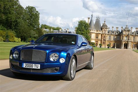 bentley sells record 11 020 cars in 2014 mulls second suv